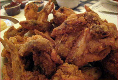 Loveless Cafe's fried chicken...nomnomnom...