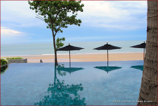Infinity Pool at V Villas Hua Hin