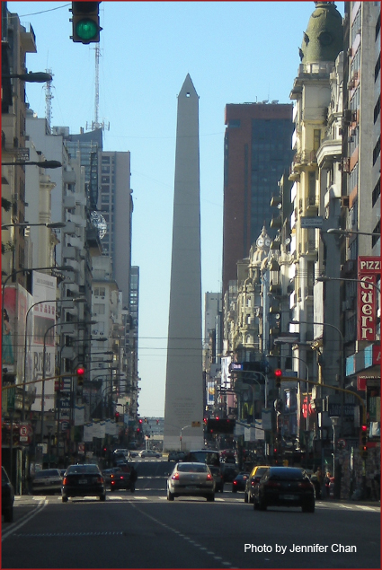 Driving towards the Obelisc, El Obelisco