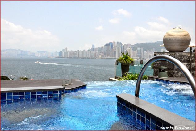 3-temperature pool at I-Spa
