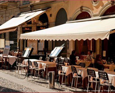 Milanese cafe