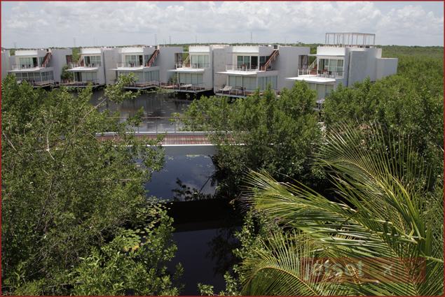 Private villas on the lagoon