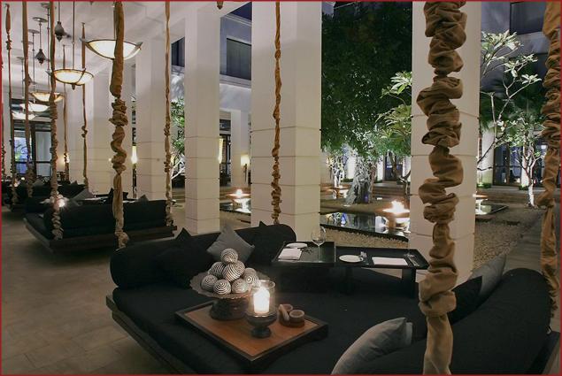 Lounge area at Hôtel de la Paix