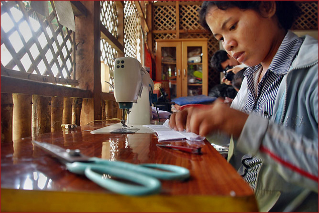 Student at the Sewing School at Wat Damnak