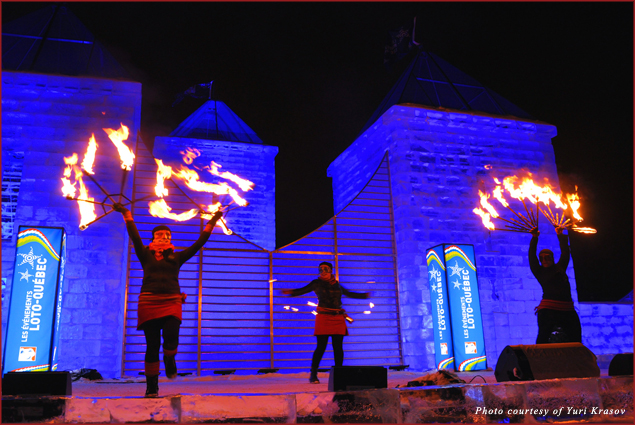 Night performances and dances in front of the Ice Palace, courtesy Loto Quebec