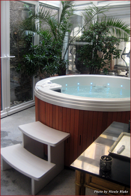Private jacuzzi in the hotel