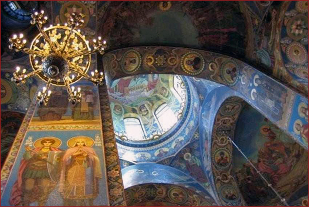 The interior is made up entirely of mosaics!