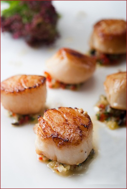 Classic jumbo scallop with pineapple salsa
