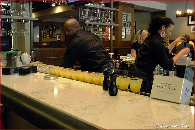 Rateritas Italian margaritas at Tom's Tavern