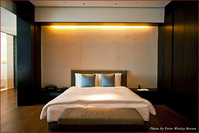 Bedroom suite at the PuLi Hotel and Spa