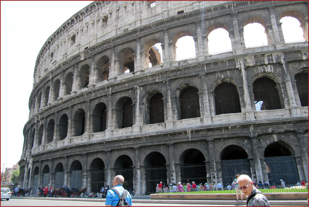 Colosseum – Stop: Colosseo (Line B)