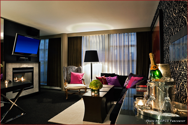 The living room of the penthouse of the OPUS hotel