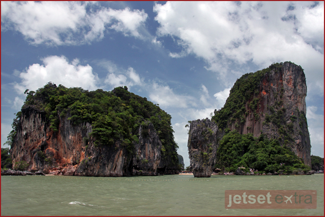One of the many breathtaking passageways seen from Phang Nga Bay