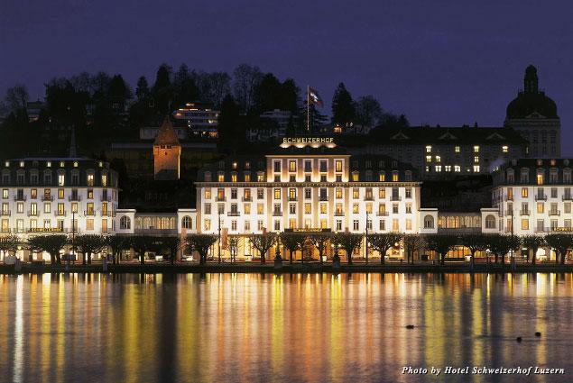 Exterior view of Hotel Schweizerhof at night