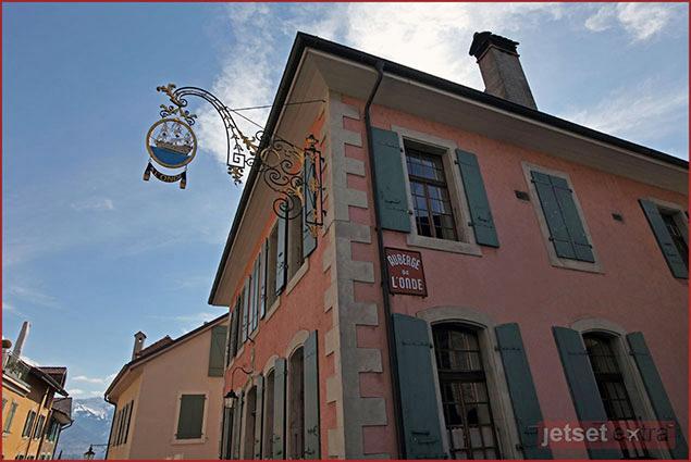 L'Auberge de L'Onde in the St. Saphorin region of Switzerland