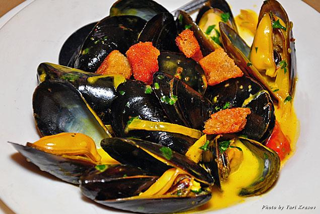 Mussels at Mundaka