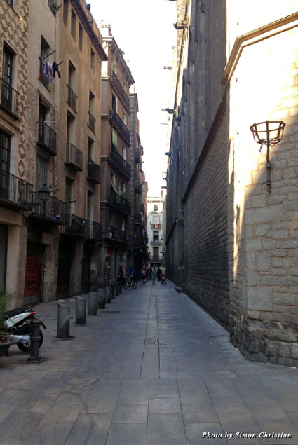 Navigating the Maze of Alleys