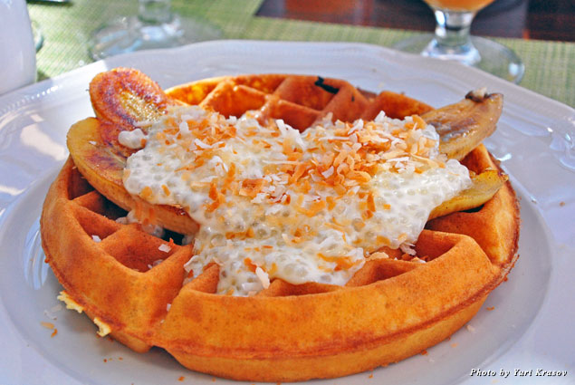 Belgian waffle at One Forty