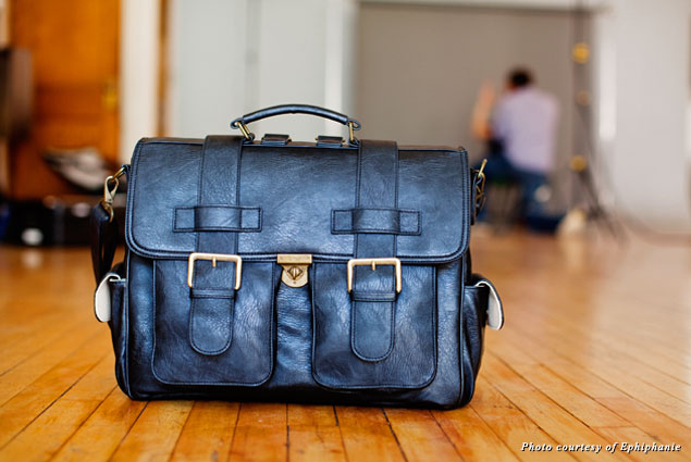 Ephiphanie's London camera bag is suitable for both men and women