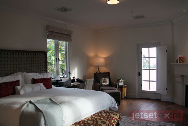 A king bed, patio, and fireplace are possible features of the bungalow guestrooms at El Encanto