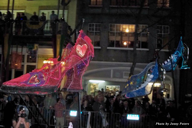 These neon shoes mean the all-female Krewe of Muses is rolling!