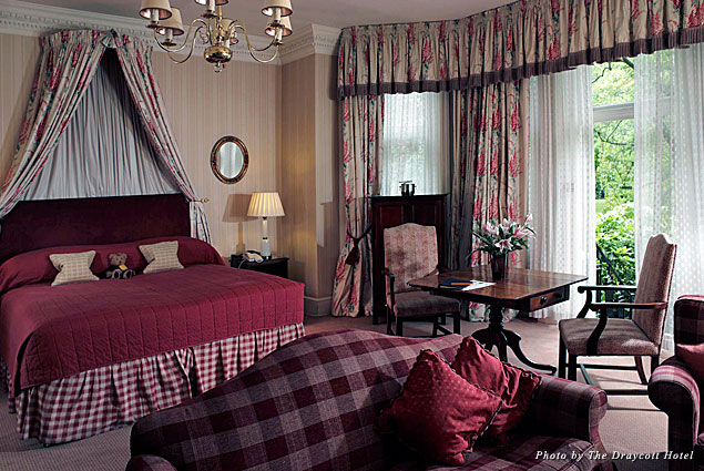 A suite at the Draycott Hotel