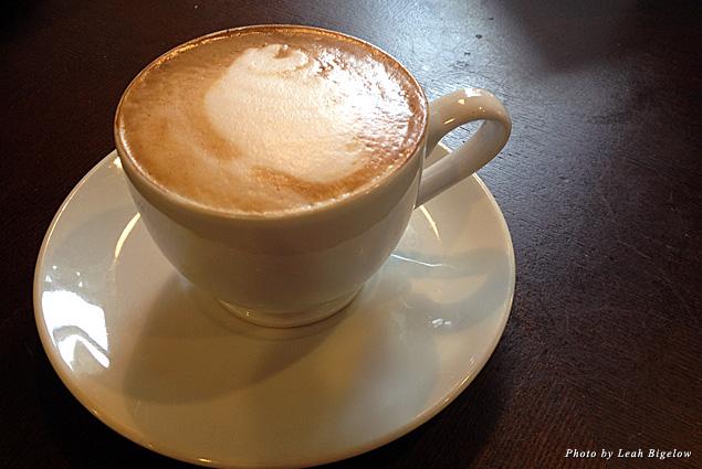 A cappuccino at Artisan Café