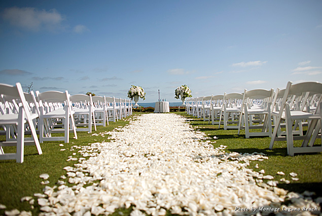 An ocean-view ceremony