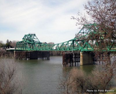 Take the drawbridge over the Sacramento River to Clarksburg