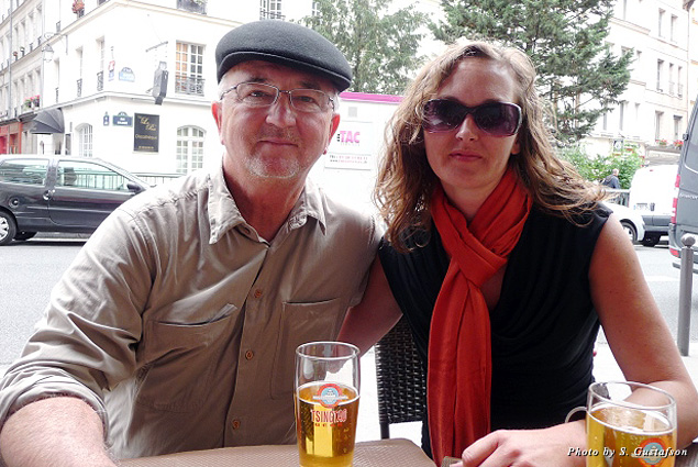 Just as Hemingway and others frequented Parisian cafés, so did this author with his daughter
