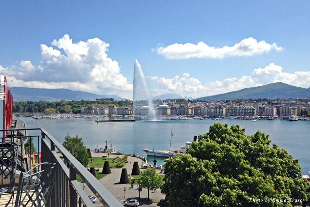 Lake Geneva water jet
