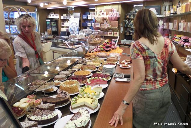 Café Schafheutle pastry selections