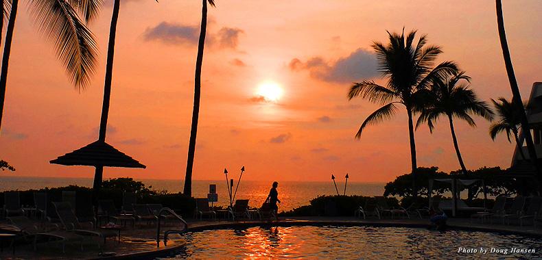 Sunset by the Sheraton Kona pool welcomed us to Hawaii