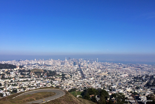 View of San Francisco toward the bay from Twin Peaks