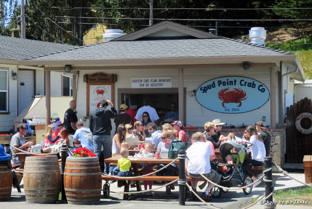 Exterior and outdoor seating at Spud Point Crab Company