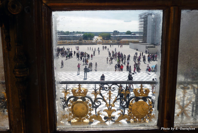 The view from the king's bedchamber looked out onto the central Marble Courtyard