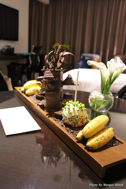 A chocolate tower and other delectable snacks in the Oro Verde guest room