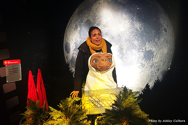 Posing with the ET wax figure at Madame Tussauds