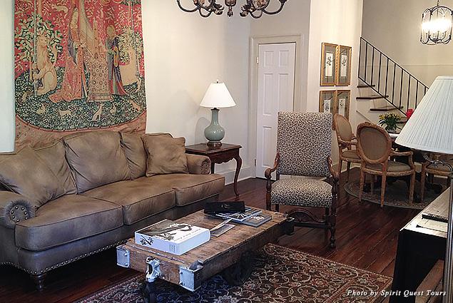 Living room at Audubon Cottages