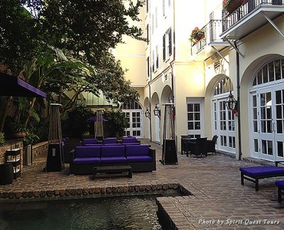 Hotel Le Marais' charming courtyard and saltwater pool