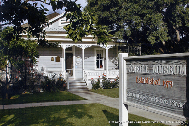 Sign and exterior of the O'Neill Museum on Los Rios Street