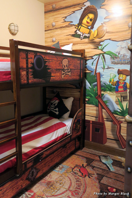 Bunk beds in the kids room of the Pirate guest room at the Legoland Hotel
