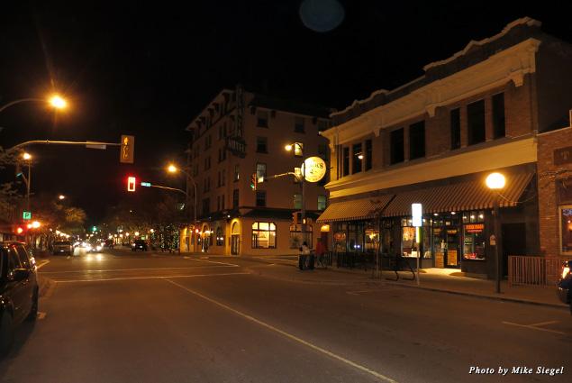 The streets of Kamloops at night