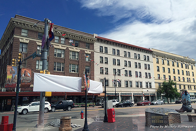 A historic trolley tour will take you around Downtown Cheyenne