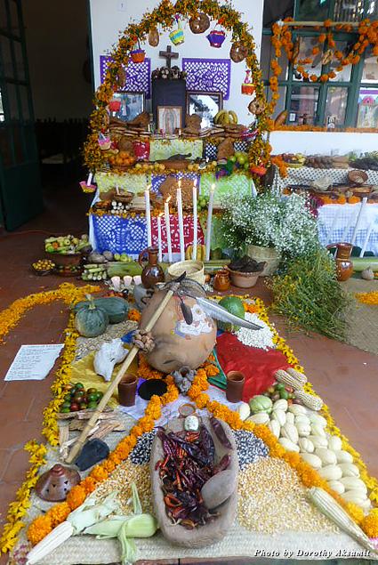 Altar at the Casa de la Cultura