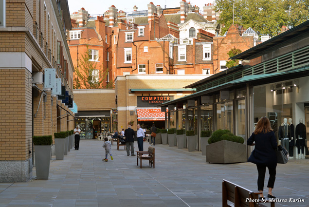 Duke of York Square in Chelsea is not only home to higher-end high street shopping and dining but also the Saatchi Gallery