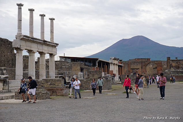 Mount Vesuvius and the ruins of Pompeii