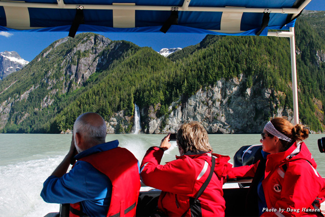 On the speedboat tour of the giant inlet