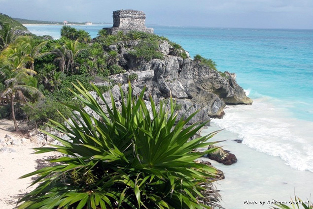 Tulum ruins perched above the beach