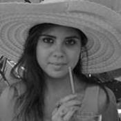 Lara Tutton